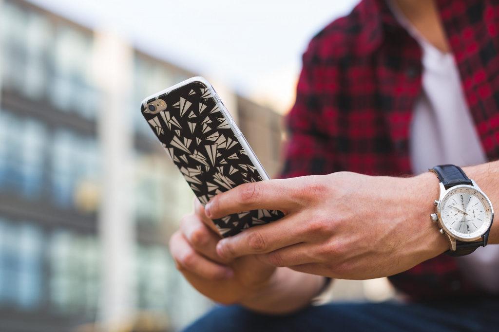 Почему виртуальный номер телефона называют виртуальным